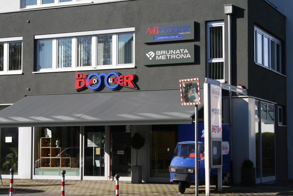 Ladenansicht Laden von außen Optiker Die Durchblicker Nürnberg Herpersdorf